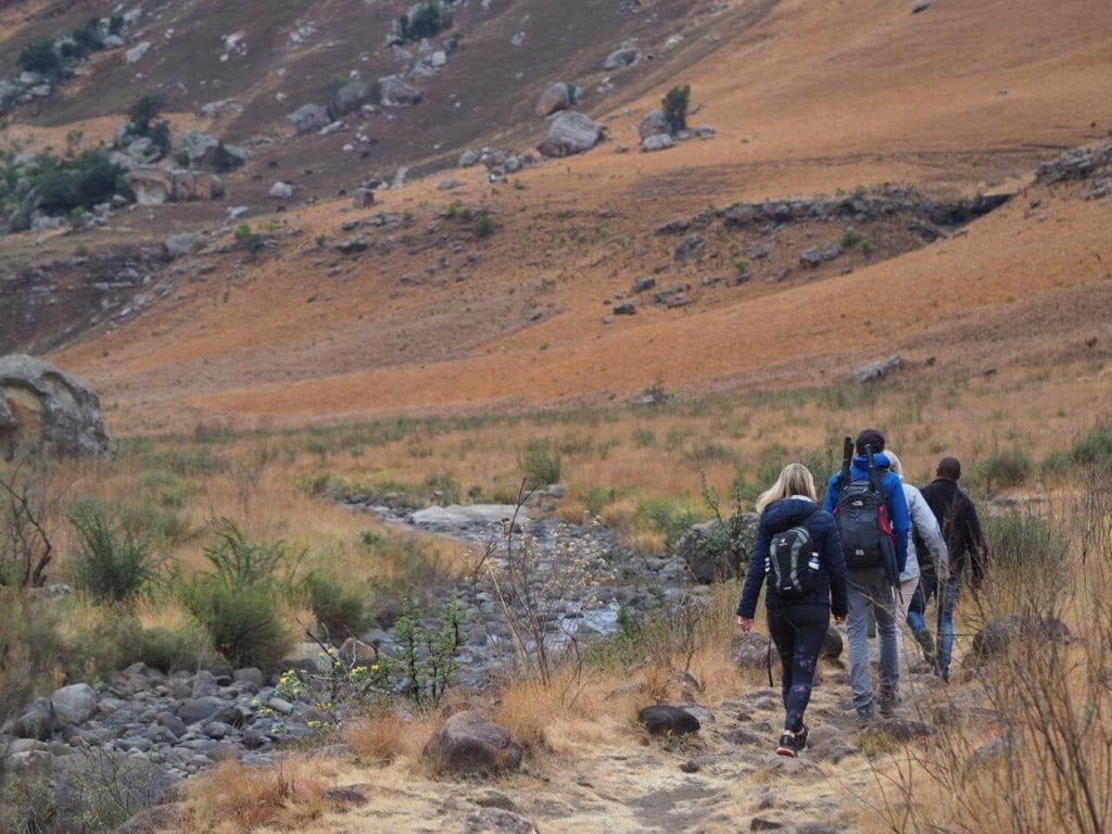 hiking at the cleopatra mountain farmhouse in the drakensberg