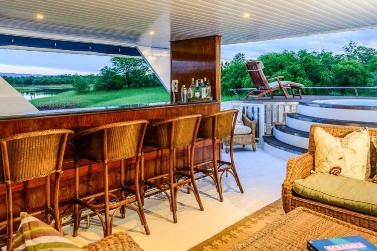 MV Matusadona Houseboat Zimbabwe