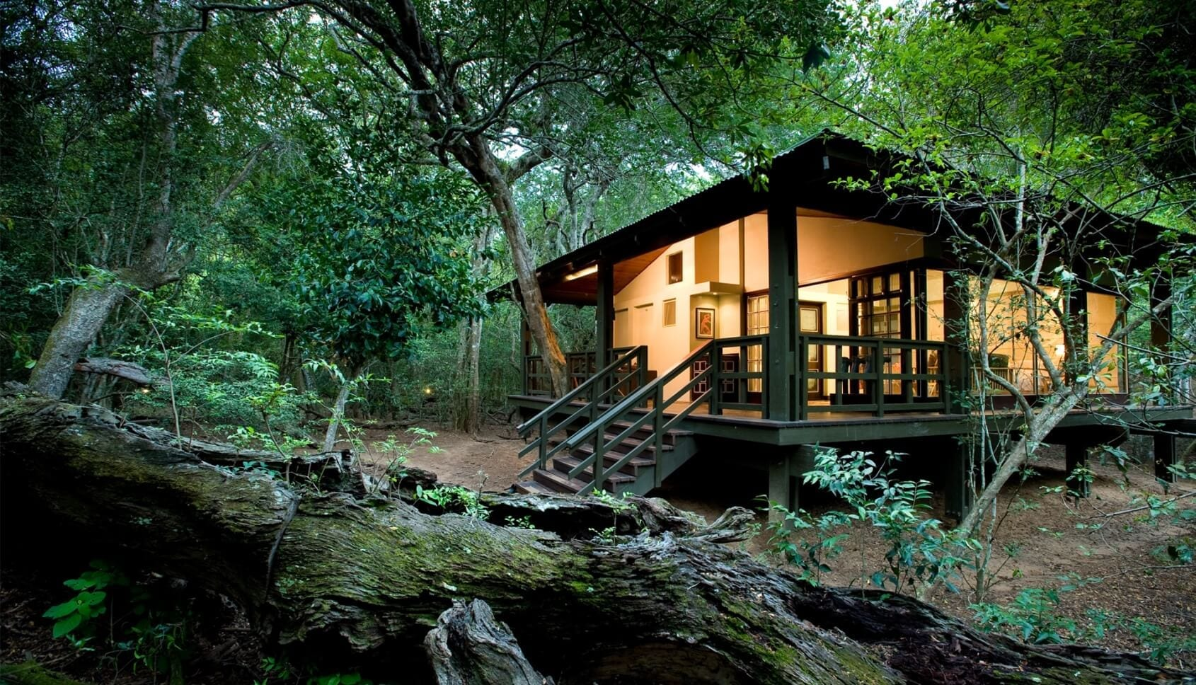 Outiside view of a room at Phinda Forest