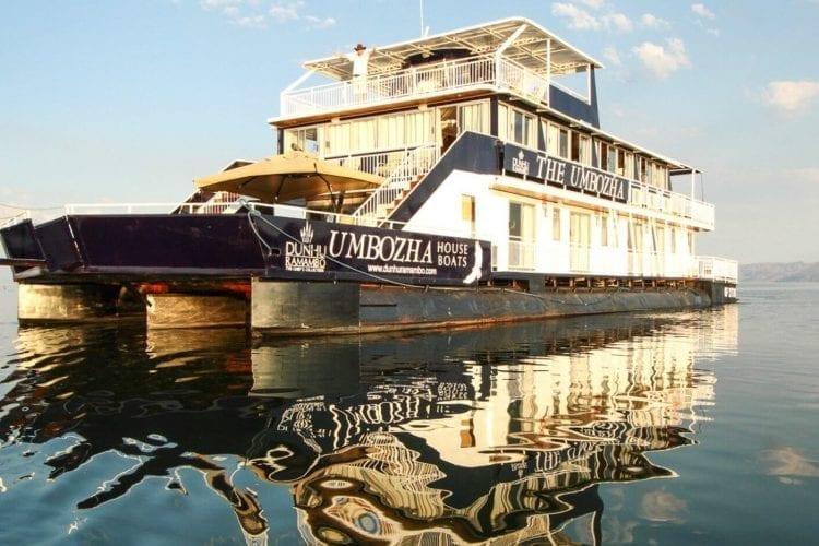 Umbozha Houseboat Zimbabwe