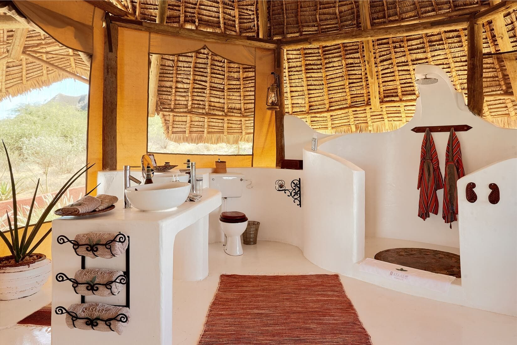sasaab lodge bathroom suite